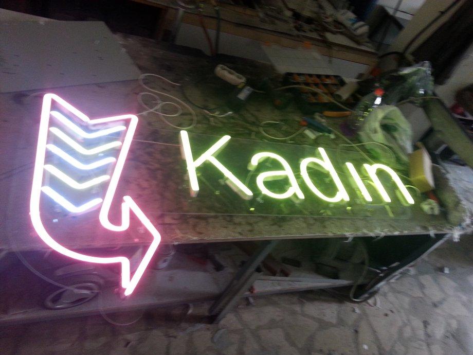 Neon Tabela