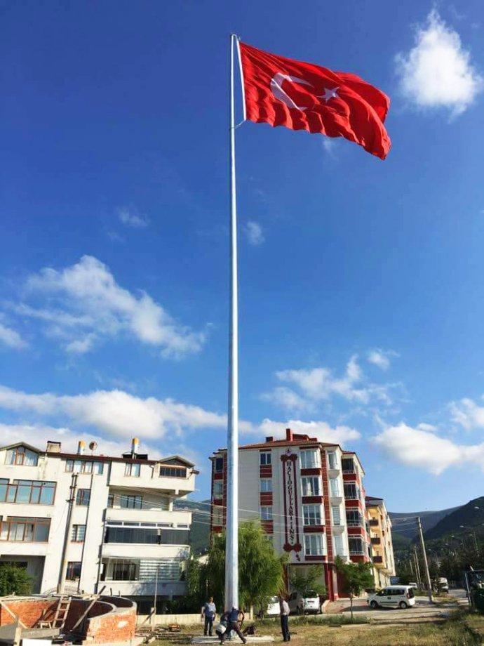HOT DIP GALVANIZED FLAG POLES