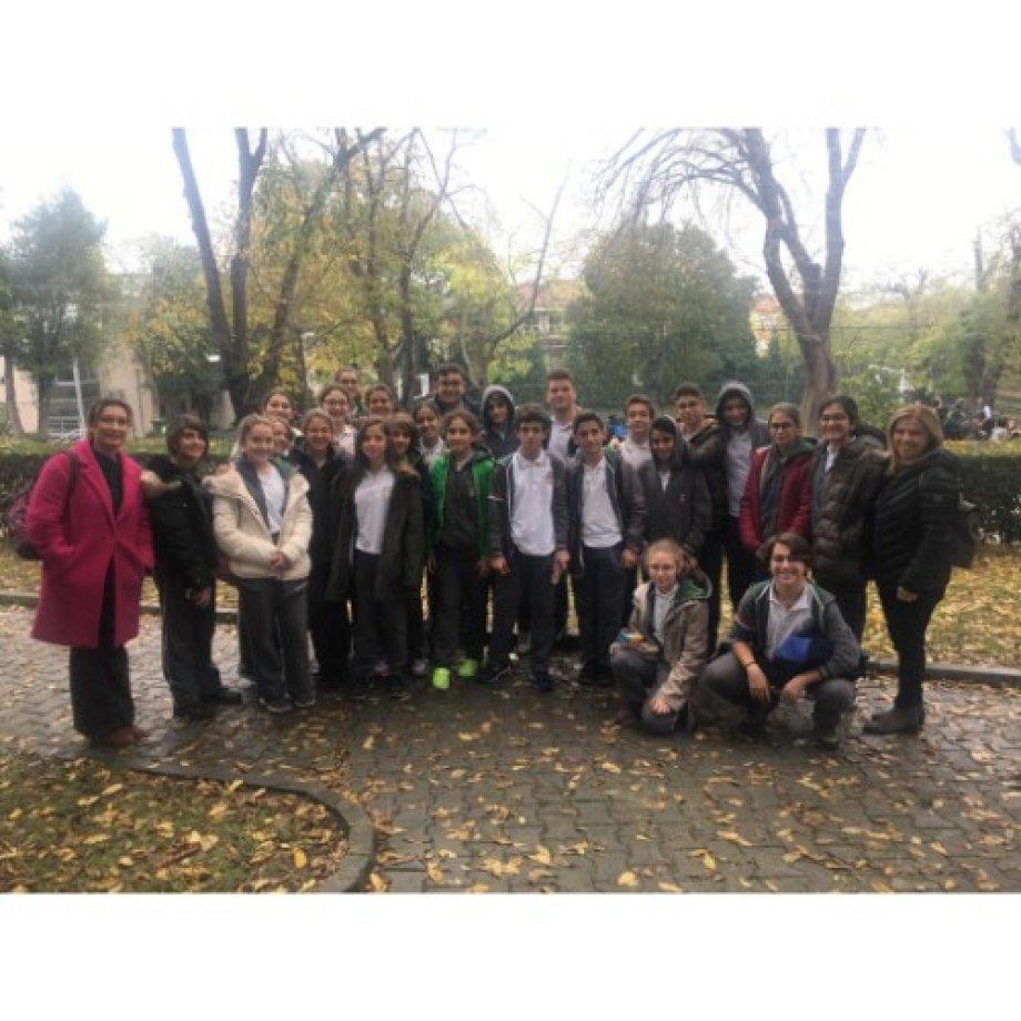 8. Sınıf Öğrencilerimizin Üsküdar Amerikan Lisesi Ziyareti