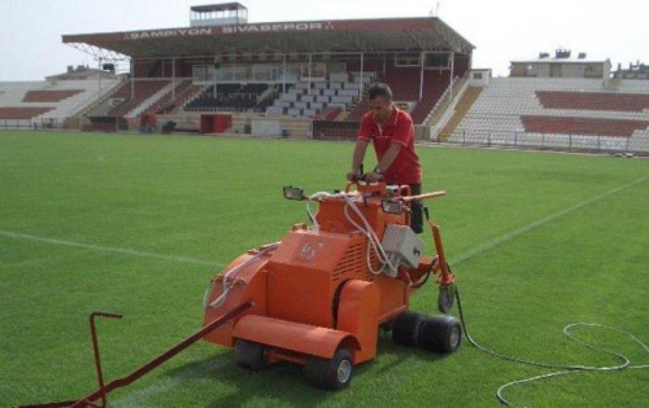 Eski Sivas 4 Eylül Stadyumu Elektrikli Yerden Isıtma