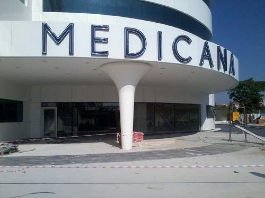 Medicana Hospitals and Walkway Gutter Snow-Melting System