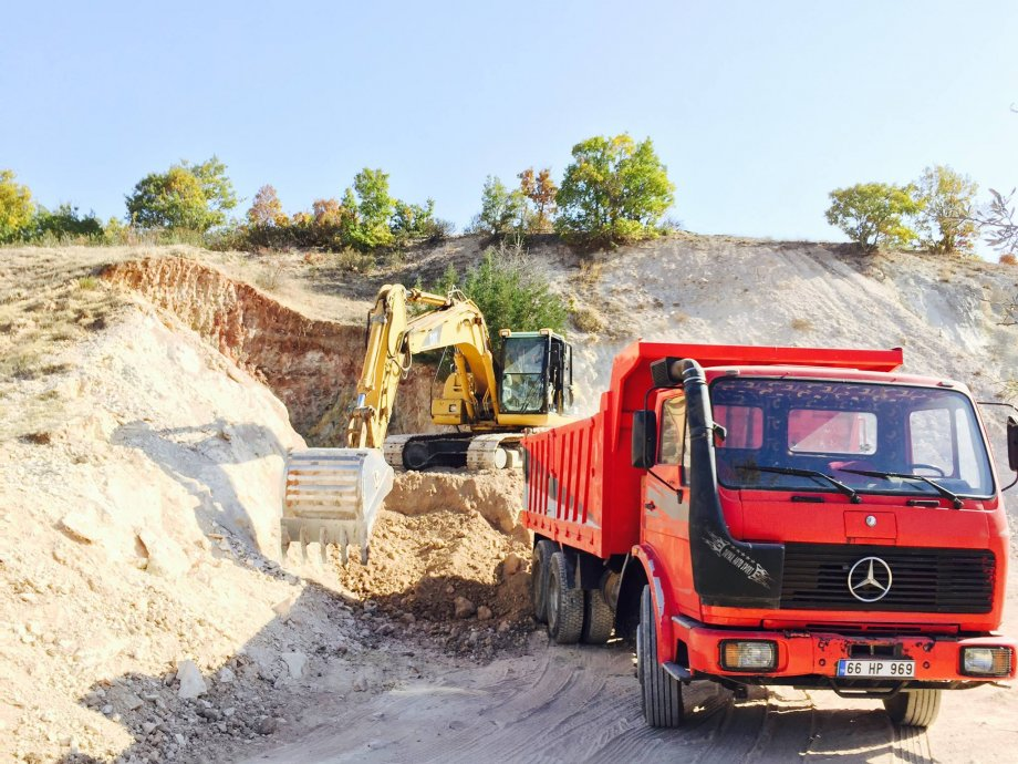 Makina Parkımıza Yeni Katılan Mercedes Kamyon