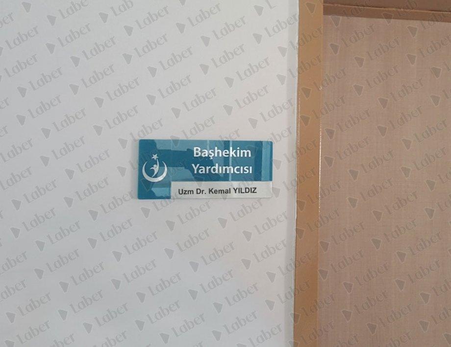 Kapı isimliği tabelası