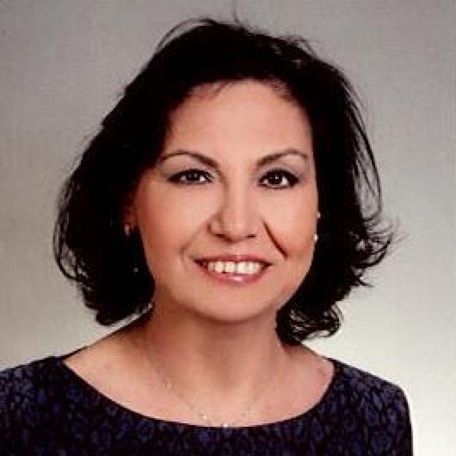 Armaveni Çakaroğlu | Ermenice ve Din Ahlak Bilgisi Öğretmeni