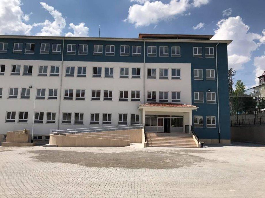 Akdağmadeni 24 Derslikli Okul İnşaatımız Teslim Edilmiştir.