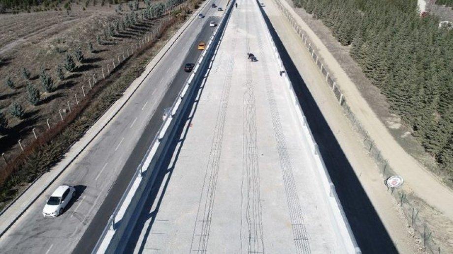 Ankara B. Belediyesi Hacettepe Üniversitesi Köprülü Kavşağı ARD Germe Köprüsü Kar&Buz Eritme ve Engelleme Sistemi