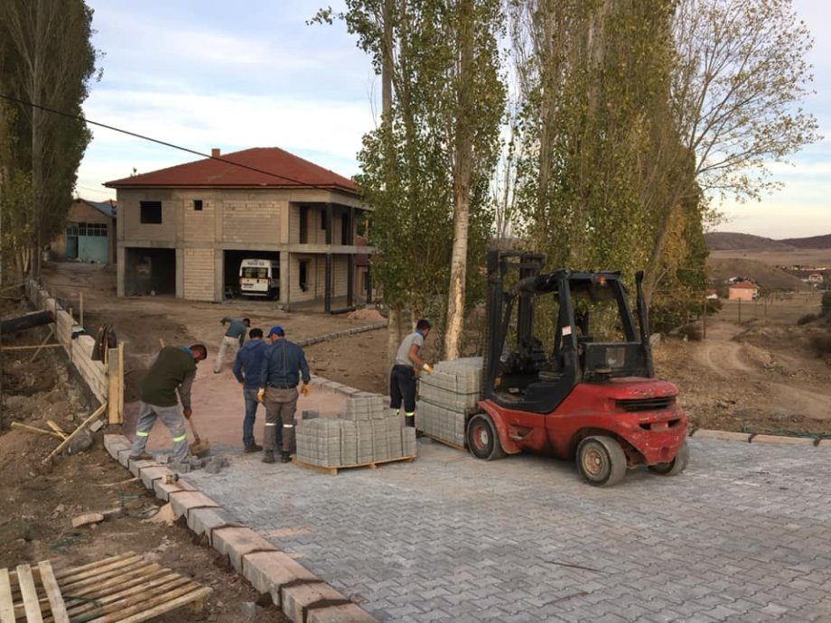 Saraykent İlçesi Kamberli Köyü 2500 M Kanalizasyon Şebeke Hattı Yapım İşimiz Teslim Edilmiştir.