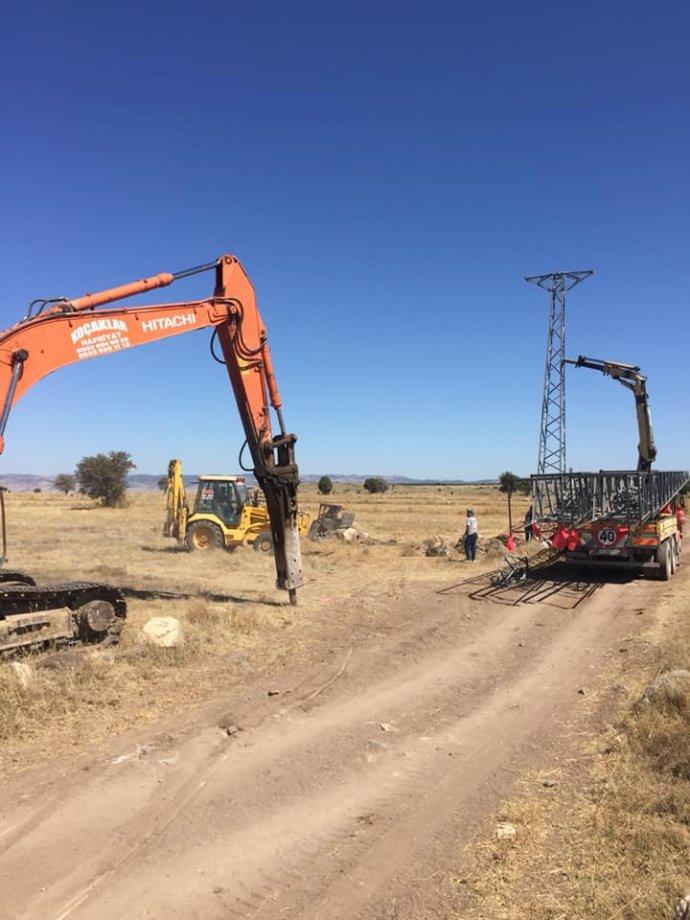 Bahçecik Köyü Enerji Nakil Hattı ve Motopomp Kurulum Yapım İşimiz Teslim Edilmiştir.