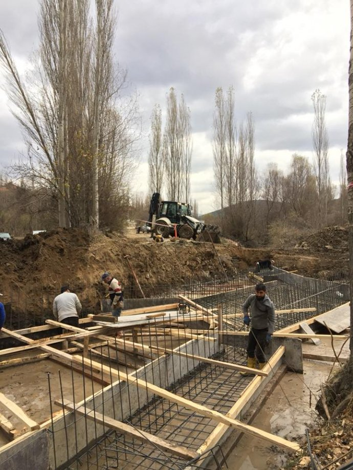 Aşağıçulhalı Köyü Köprü İnşaatı Yapım İşimiz Teslim Edilmiştir.